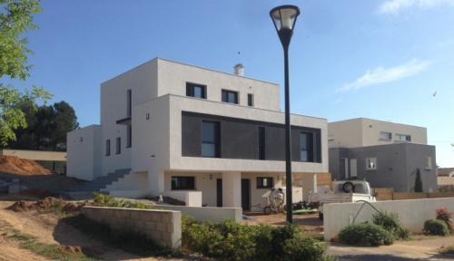 Maison Contemporaine à Beauvoisin